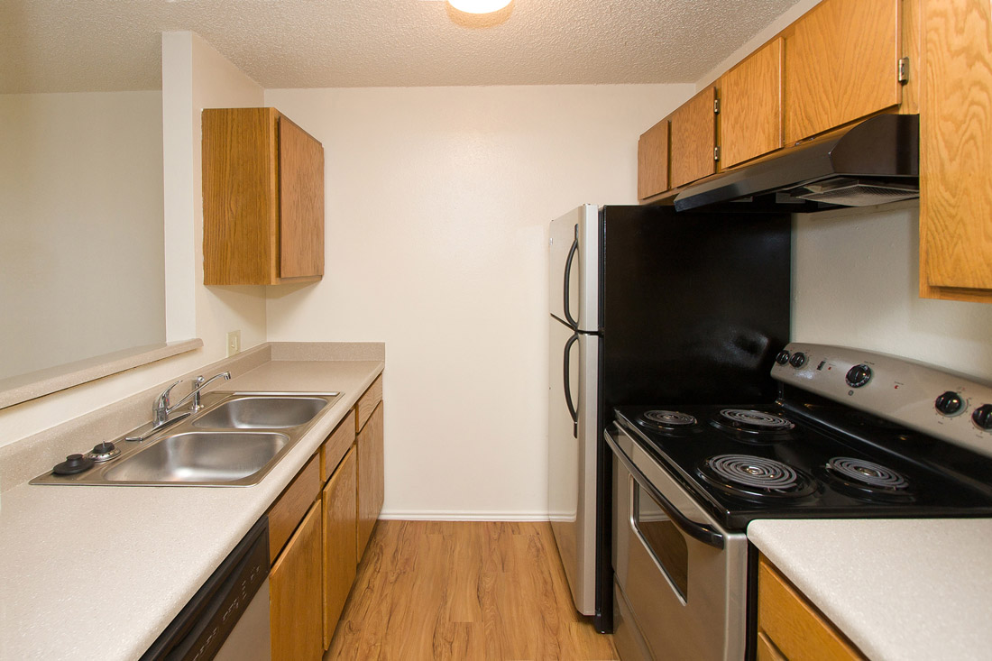 Spacious Kitchens at Stonegate Apartments in Abilene, TX