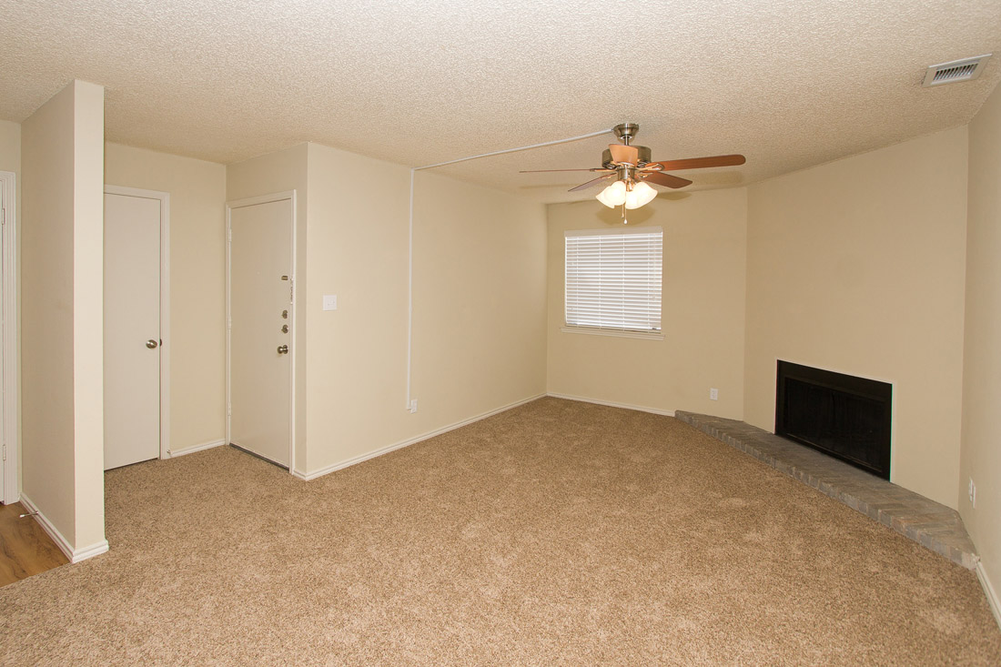 Spacious Living Areas at Stonegate Apartments in Abilene, TX