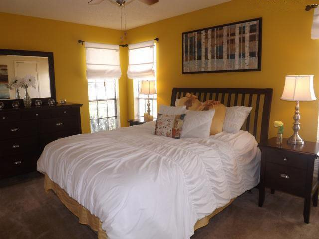 1-Bedroom Apartments for Rent at Stonehill at Pipers Creek Apartments in San Antonio, Texas