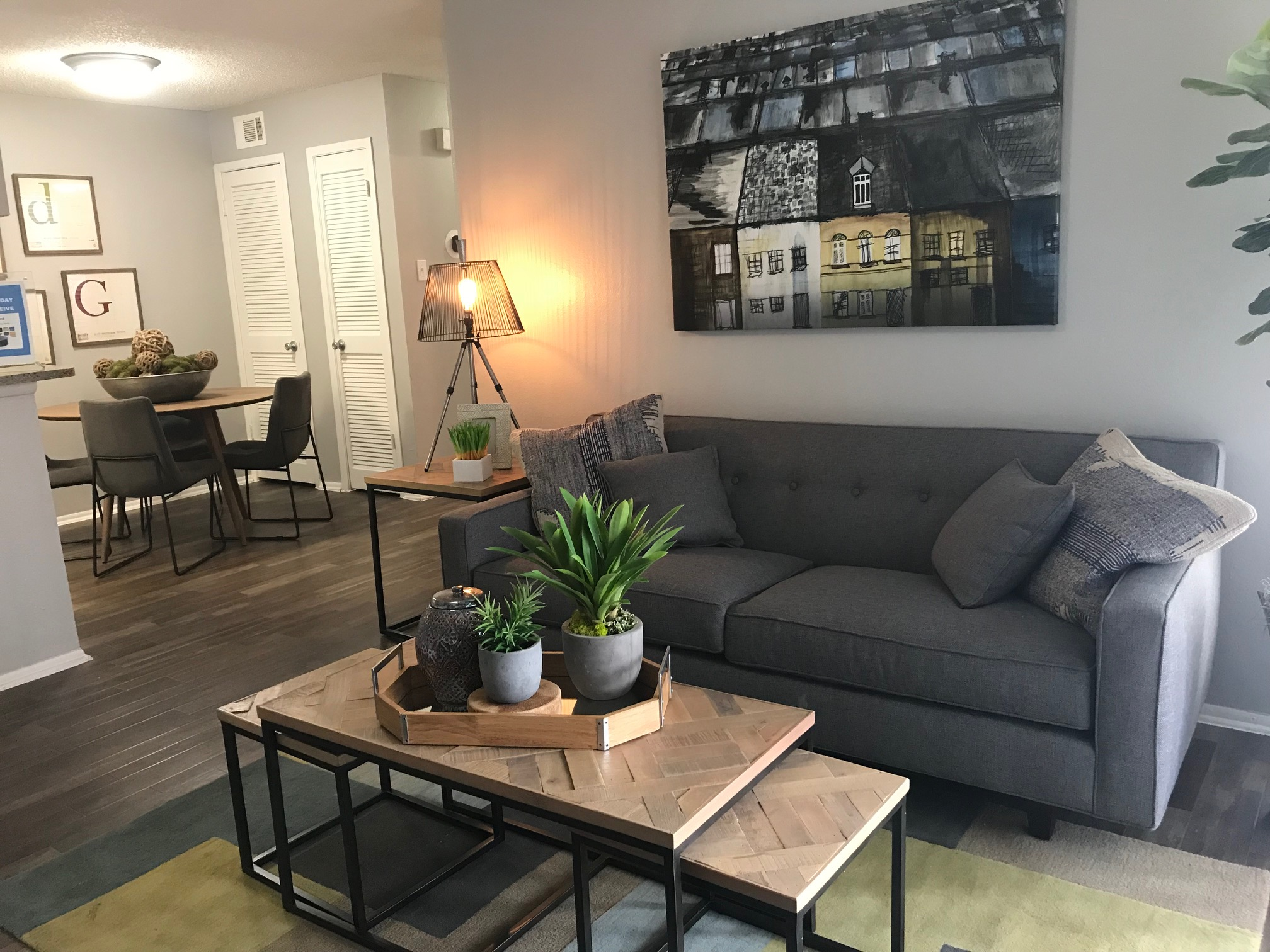 Living and Dining Area at Stonehill at Pipers Creek Apartments in San Antonio, Texas
