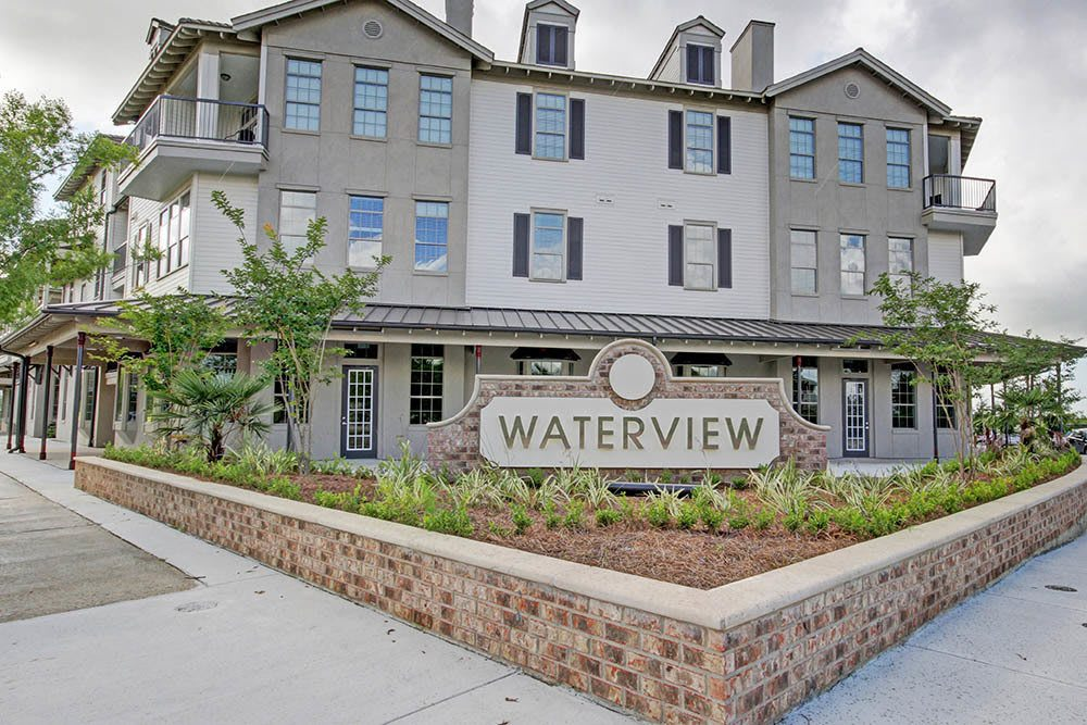 Pet Friendly Apartments at Waterview Apartments in Youngsville, Louisiana