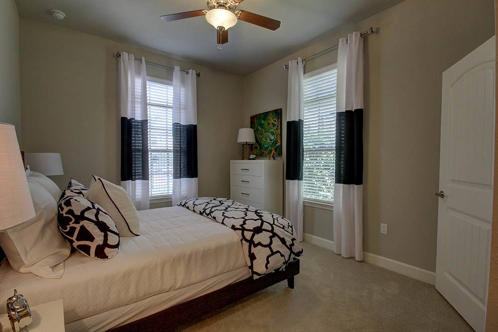 Two Bedroom Apartments at Waterview Apartments in Youngsville, Louisiana