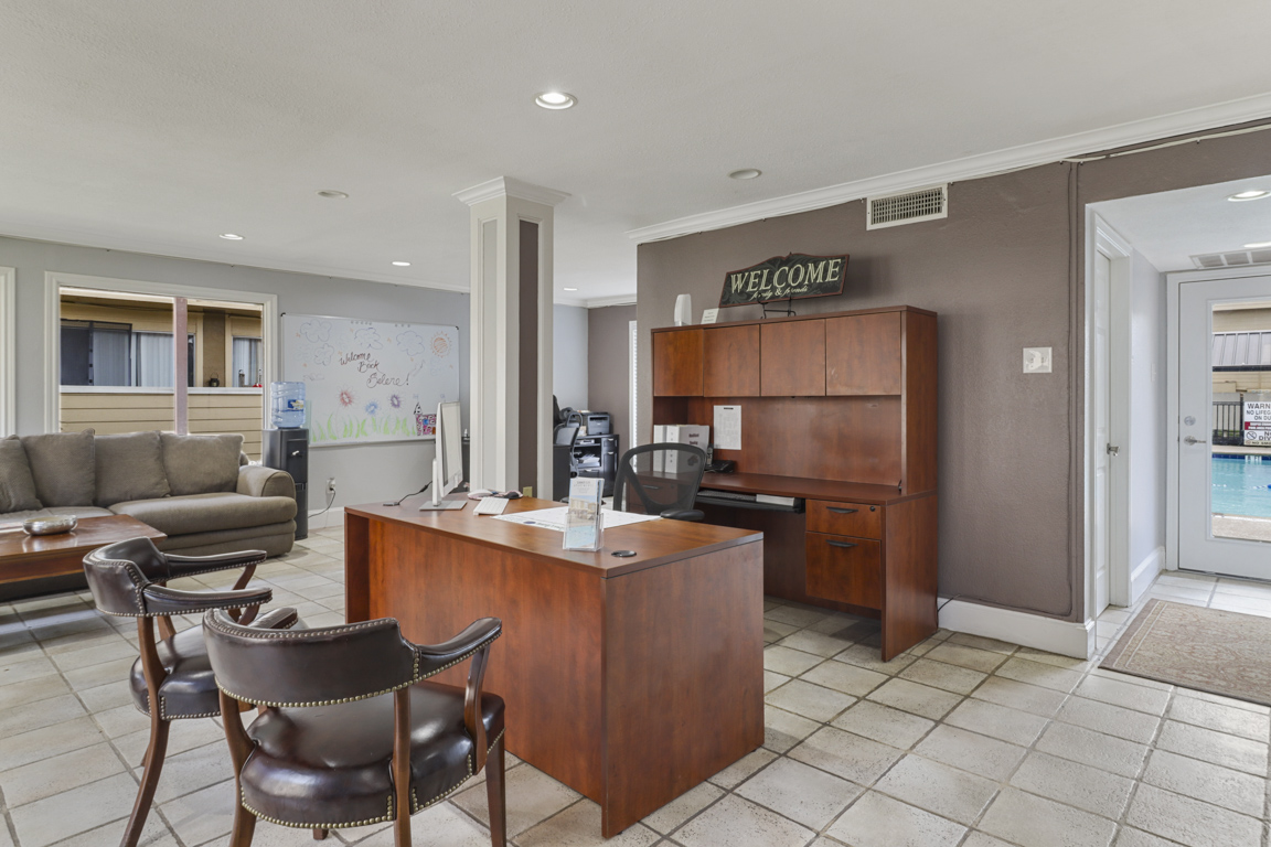 On-Site Maintenance at Summer Glen Apartments in Dallas, Texas