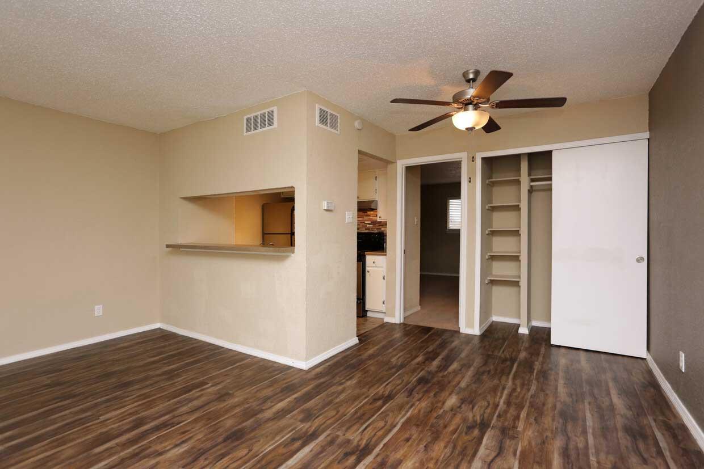 Open Floor Plans at Sungate Apartments in San Antonio, Texas