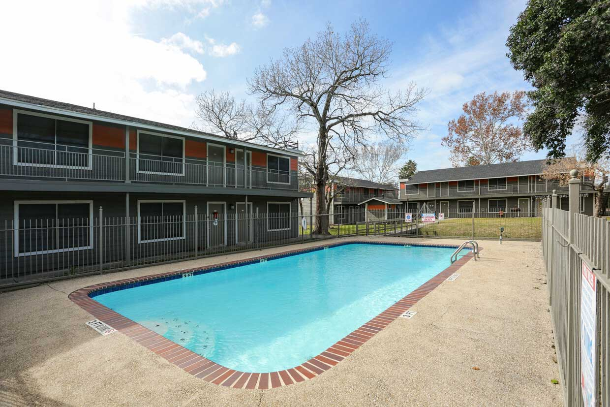 Resort-Style Pool at Sungate Apartments in San Antonio, Texas