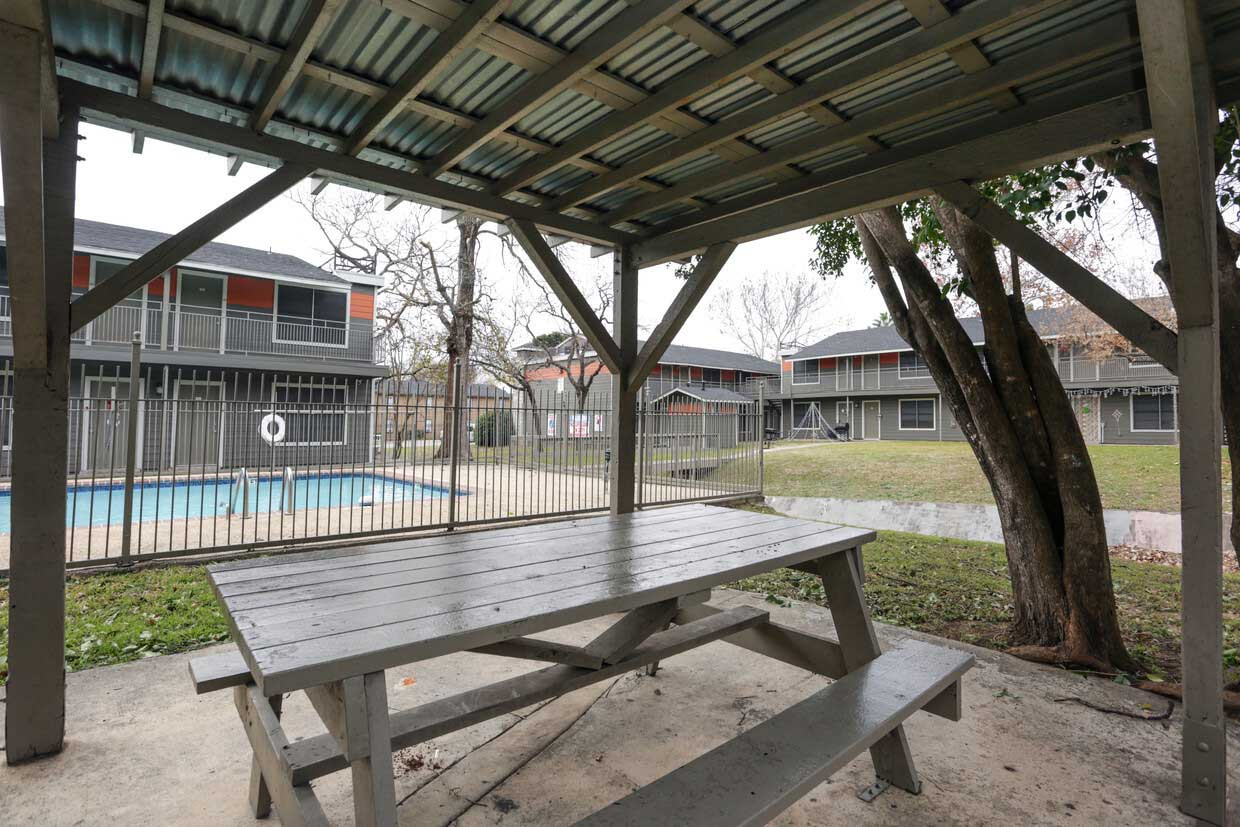 Covered Picnic Tables at Sungate Apartments in San Antonio, Texas