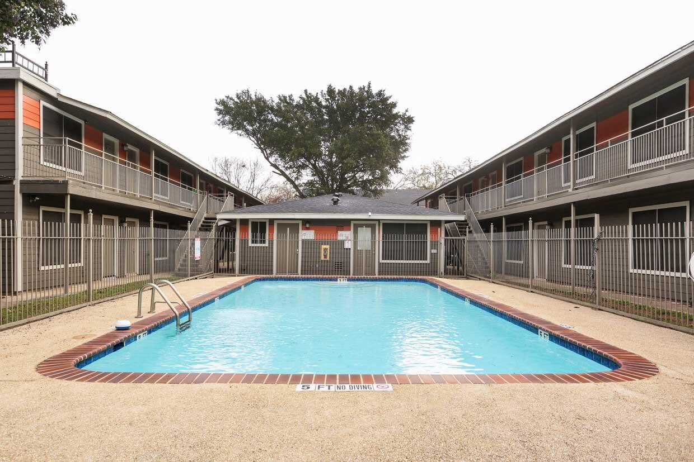 Sparkling Pool at Sungate Apartments in San Antonio, Texas