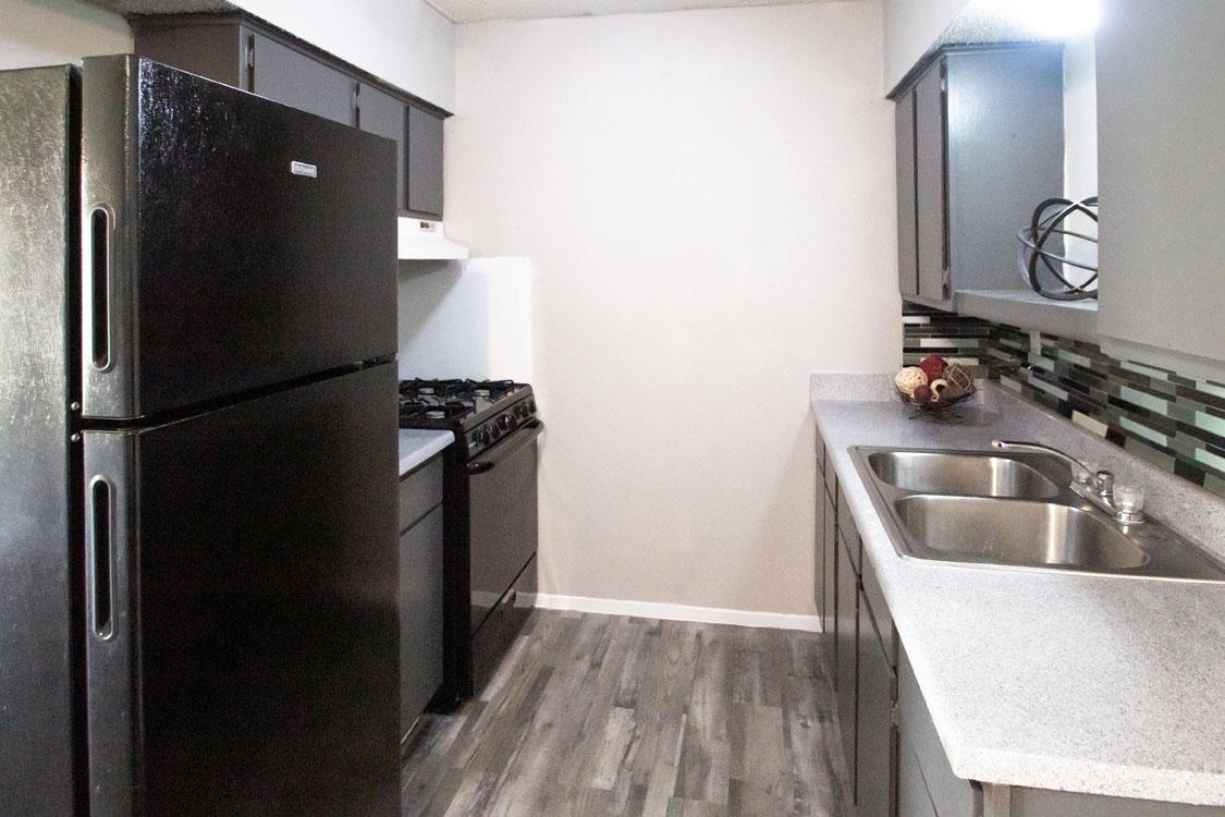 All-Black Appliances at Sunscape Apartments in Abilene, Texas