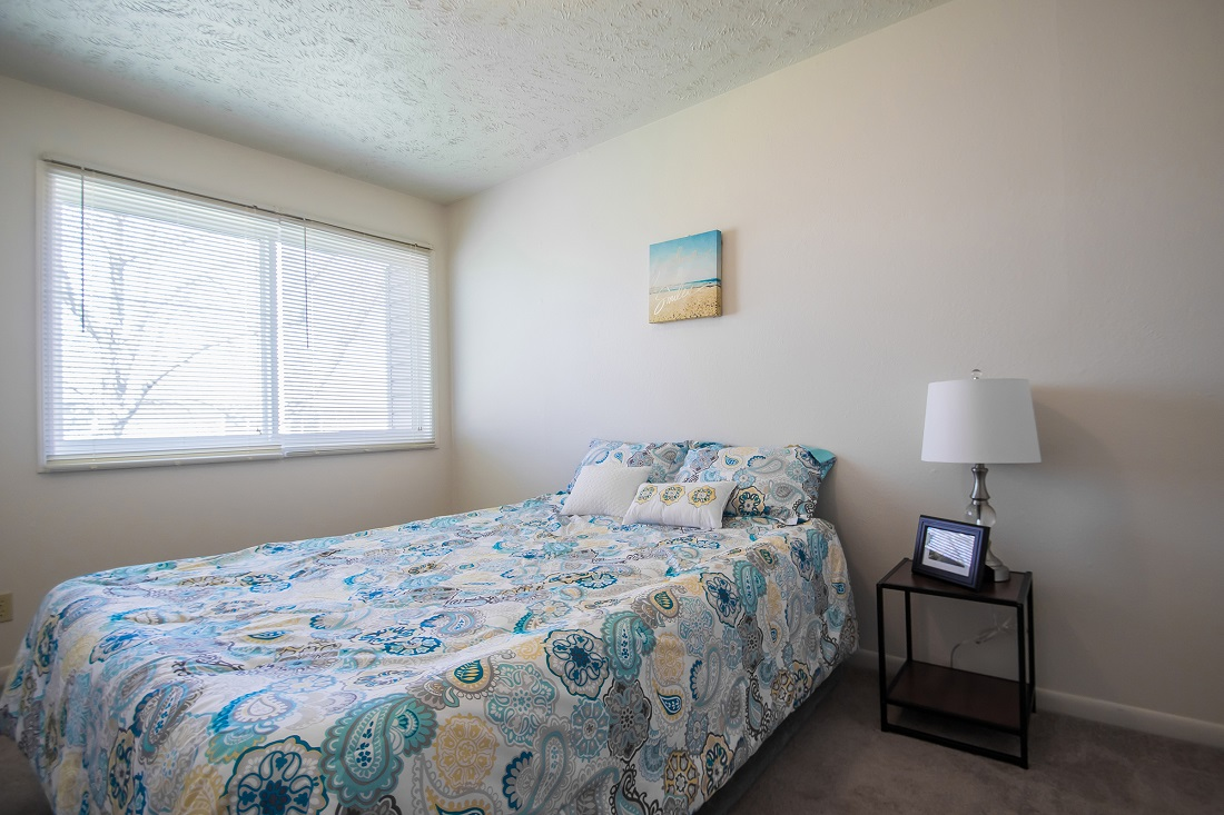 2-Bedroom Apartments for Rent at Sunset Ridge Apartments in Omaha, NE