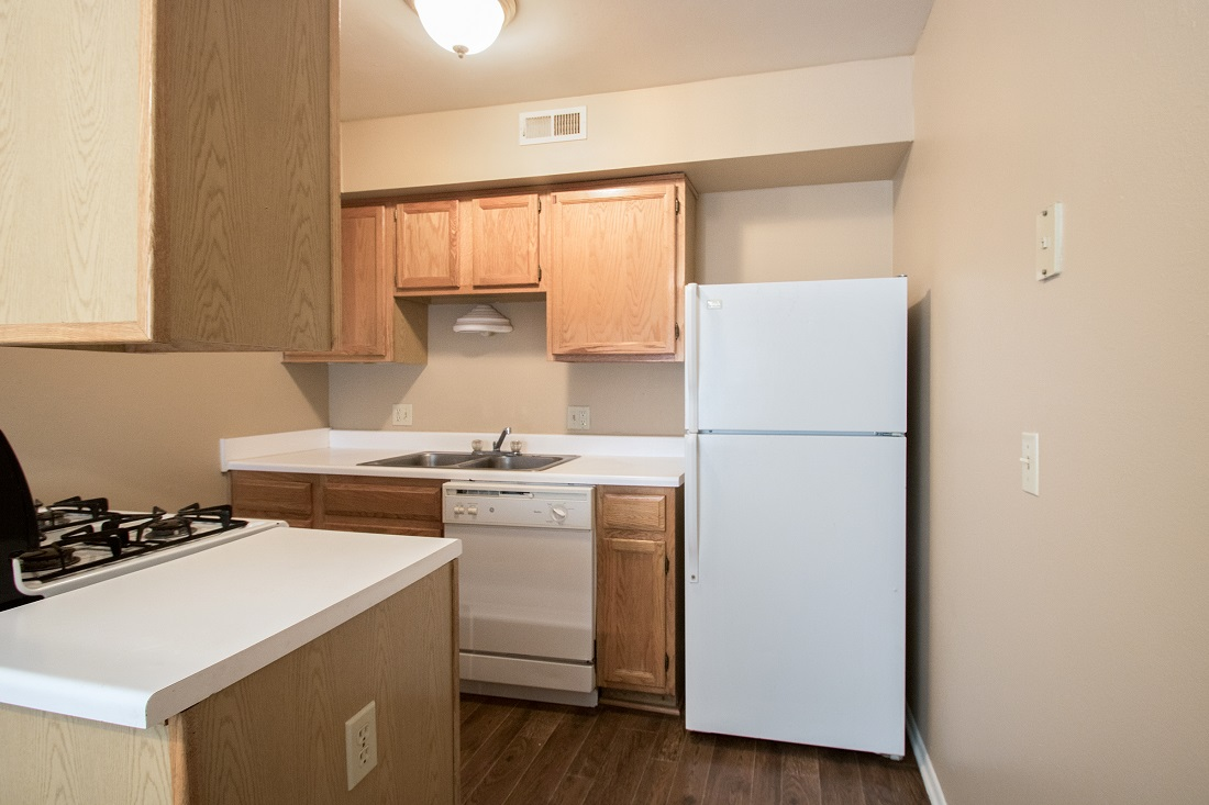 Fully Equipped Kitchen at Sunset Ridge Apartments in Omaha, NE