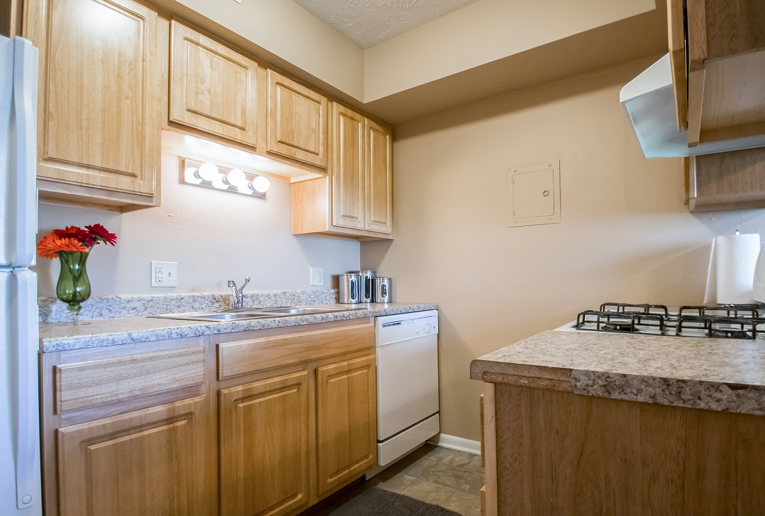 Contemporary Kitchen Appliances at Sunset Ridge Apartments in West Omaha, NE