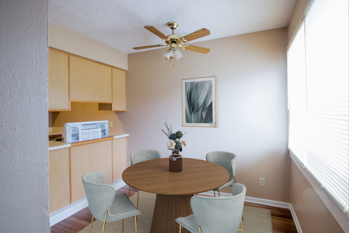 Spacious Dining Area at Sunset Ridge Apartments in West Omaha, Nebraska