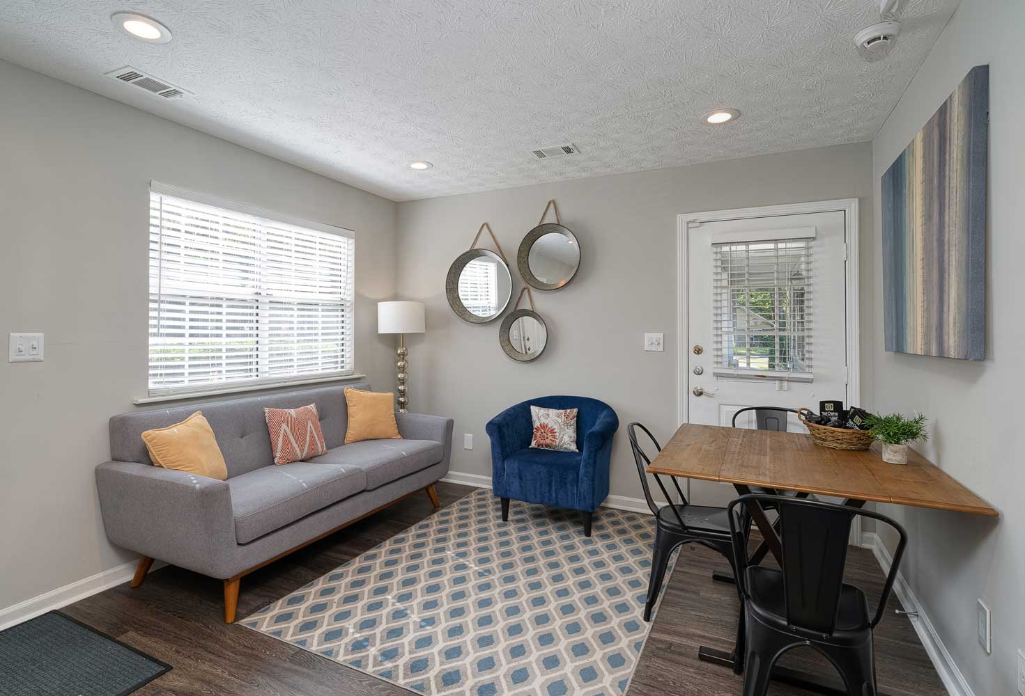 Spacious Floor Plan at Tall Oaks Apartments and Villas in Conyers, GA