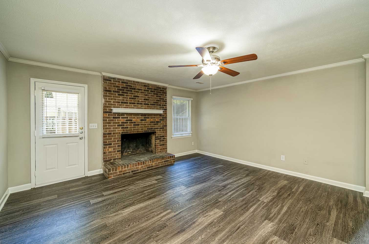 Wood Flooring at Tall Oaks Apartments and Villas in Conyers, GA