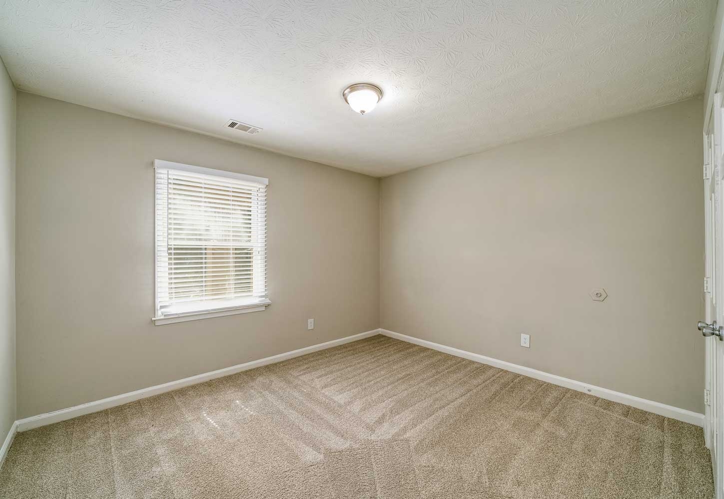 Carpeted Flooring at Tall Oaks Apartments and Villas in Conyers, GA