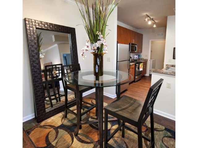Dining Area at The Oxford at Tech Ridge Apartments in Austin, TX
