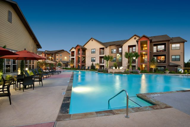 Pool with Cabanas at The Oxford at Tech Ridge Apartments in Austin, TX