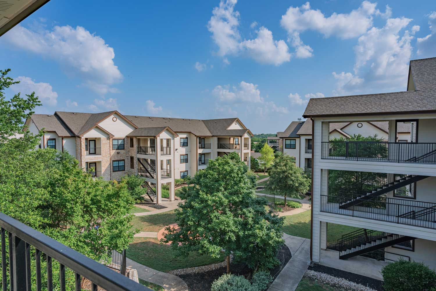 Apartments for Rent at Tech Ridge Apartments in Austin, TX