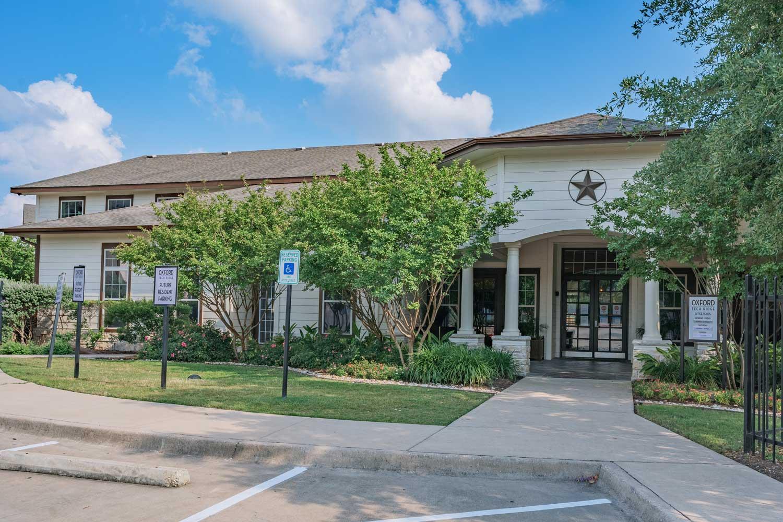 Luxury Apartments  at Tech  Ridge Apartments in Austin, TX