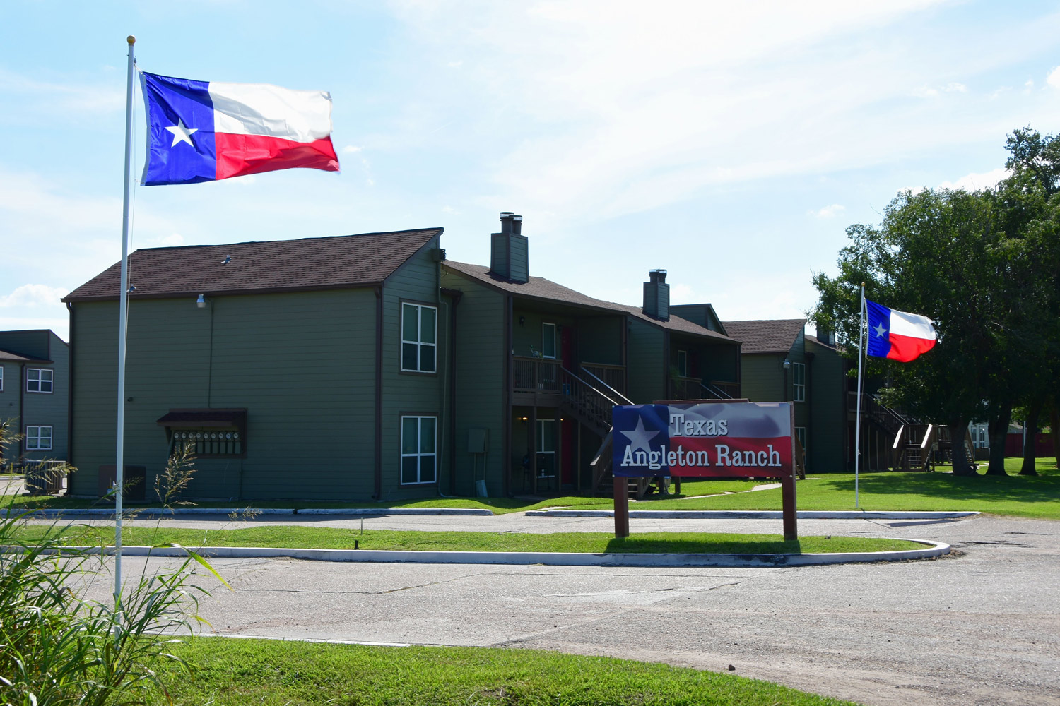 Welcome Signage at Texas Angleton Ranch Apartments in Angleton, TX