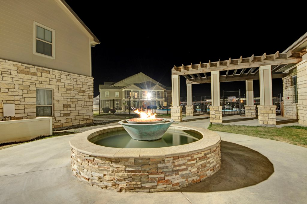 Short Term Leases Available at The Azure Apartment Homes in Midland, Texas