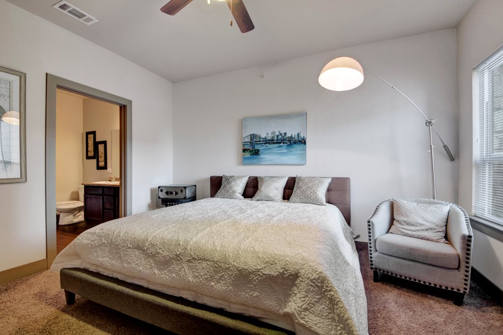One Bedroom Apartments at The Azure Apartment Homes in Midland, Texas
