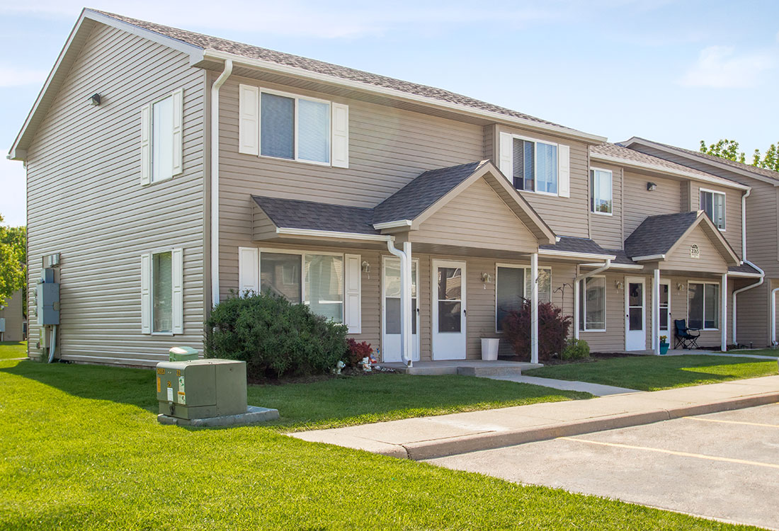 Apartments for Rent in Council Bluffs at The Bluffs Apartments in Council Bluffs, IA