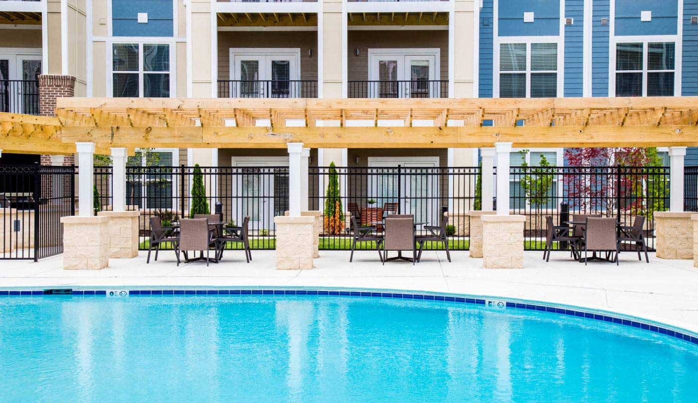 Poolside Furniture at The Flats Apartments in Miamisburg, OH