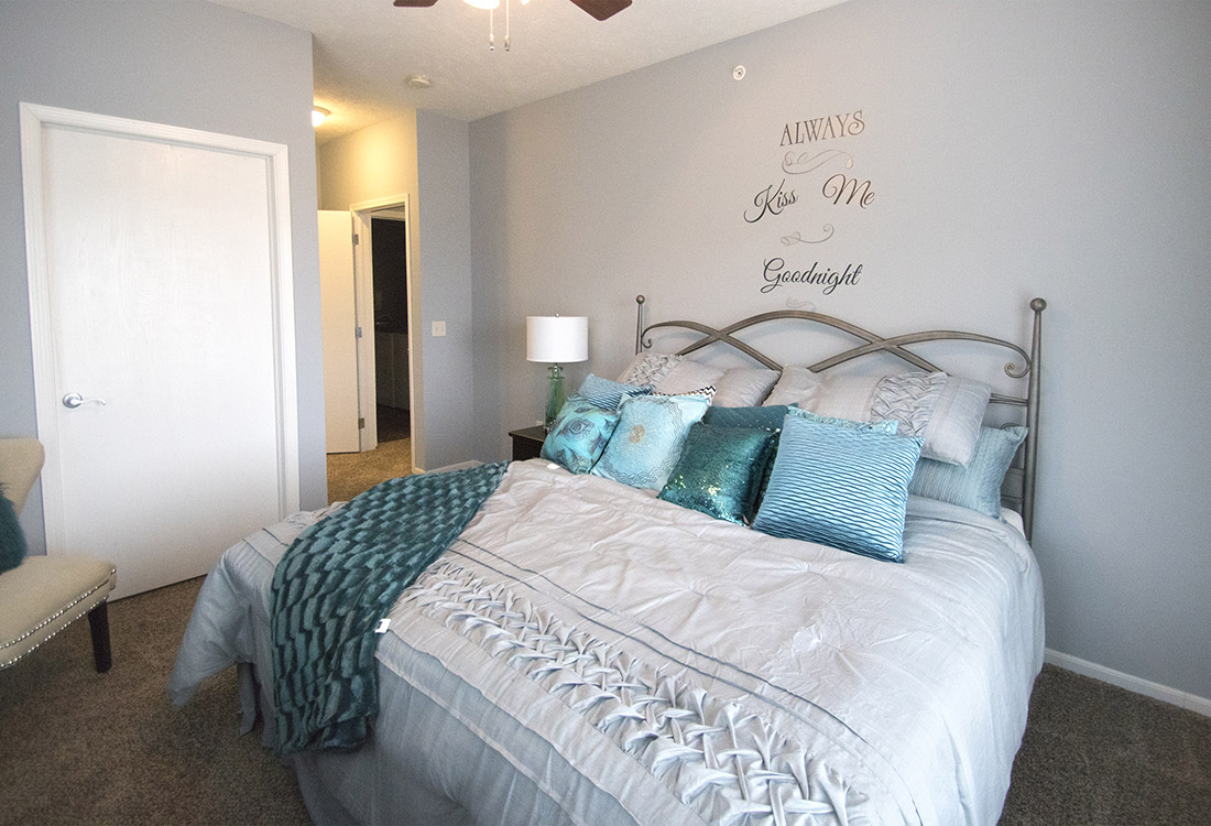 Spacious Bedrooms at The Oaks at Lakeview Apartments in Ralston, NE