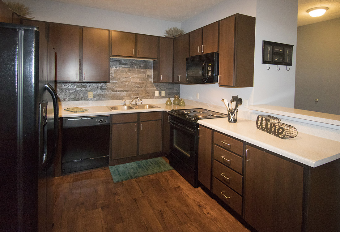 Spacious Kitchens at The Oaks at Lakeview Apartments in Ralston, NE