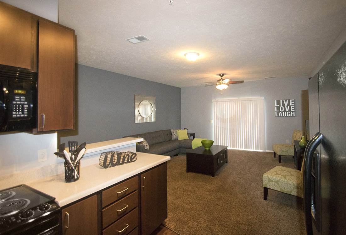 Open Entertainment Space at The Oaks at Lakeview Apartments in Ralston, NE