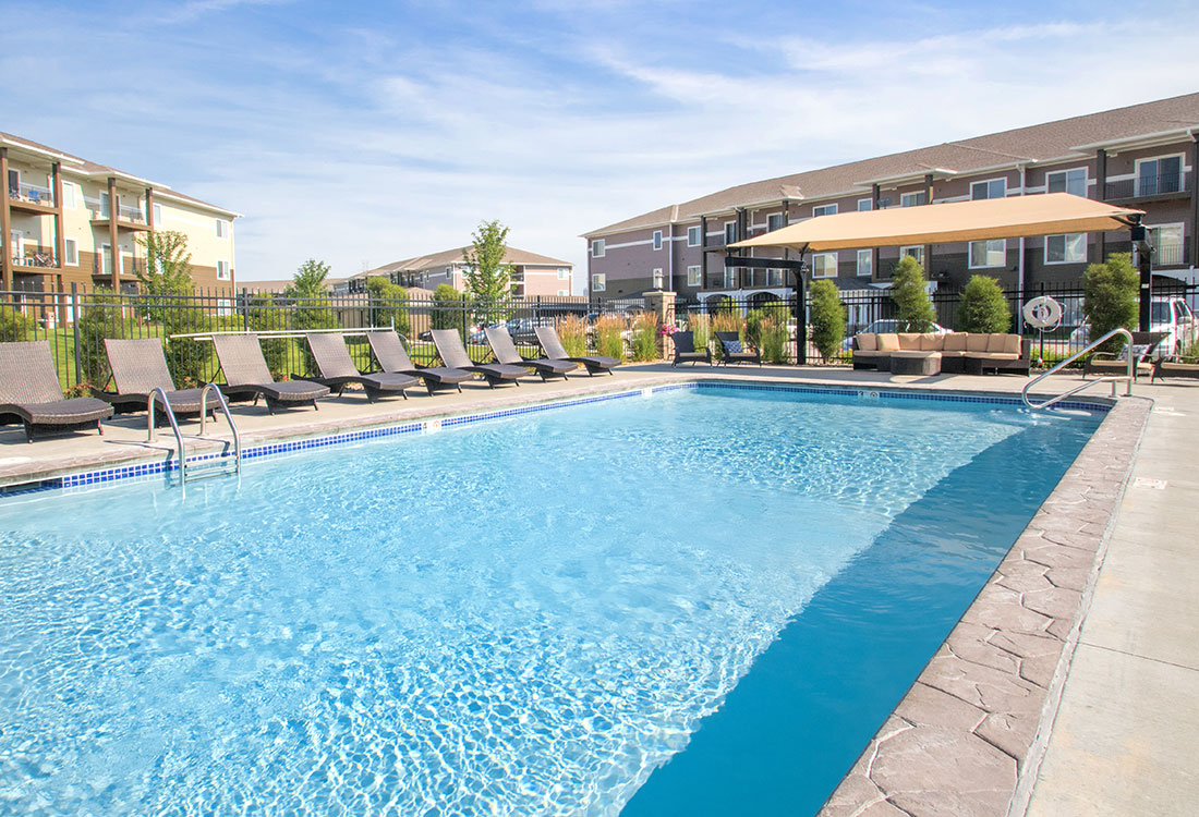 Outdoor Swimming Pool at The Oaks at Lakeview Apartments in Ralston, NE