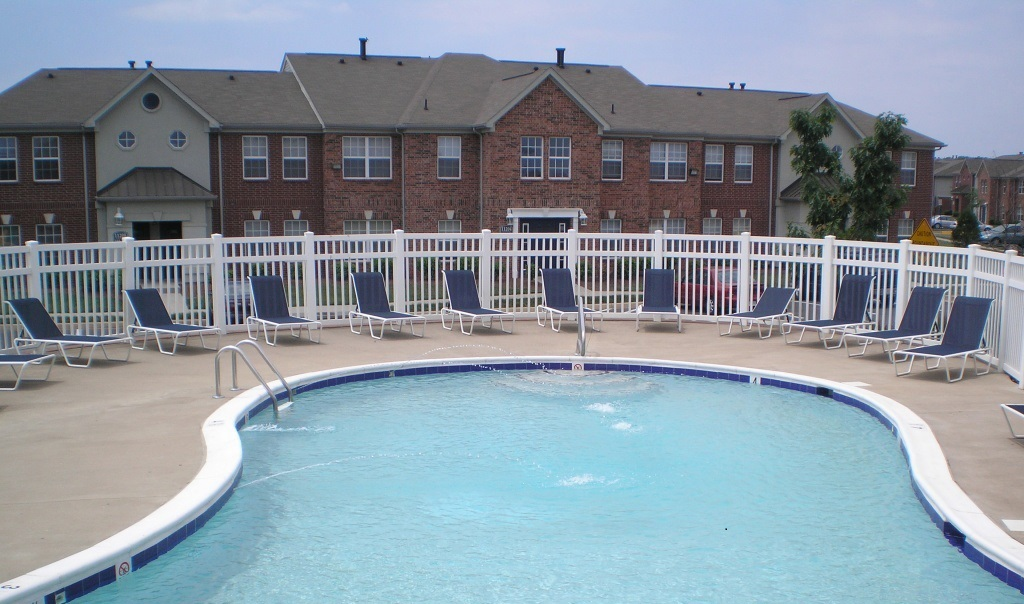 Sparkling Pool at the Regency Apartments in Manassas, VA
