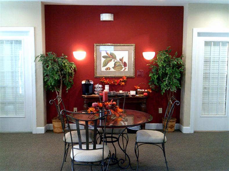 Dining Room at the Regency Apartments in Manassas, VA