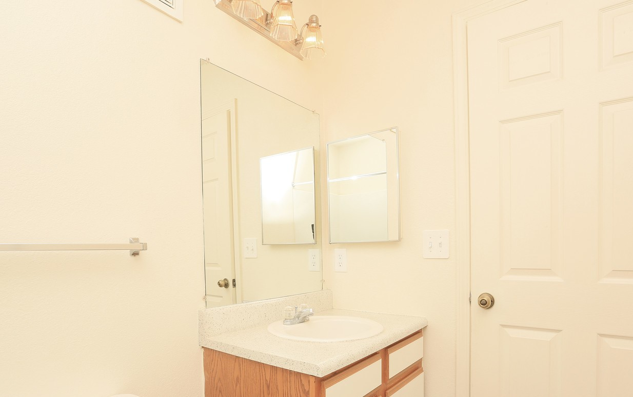 Bathroom at the Regency Apartments in Manassas, VA