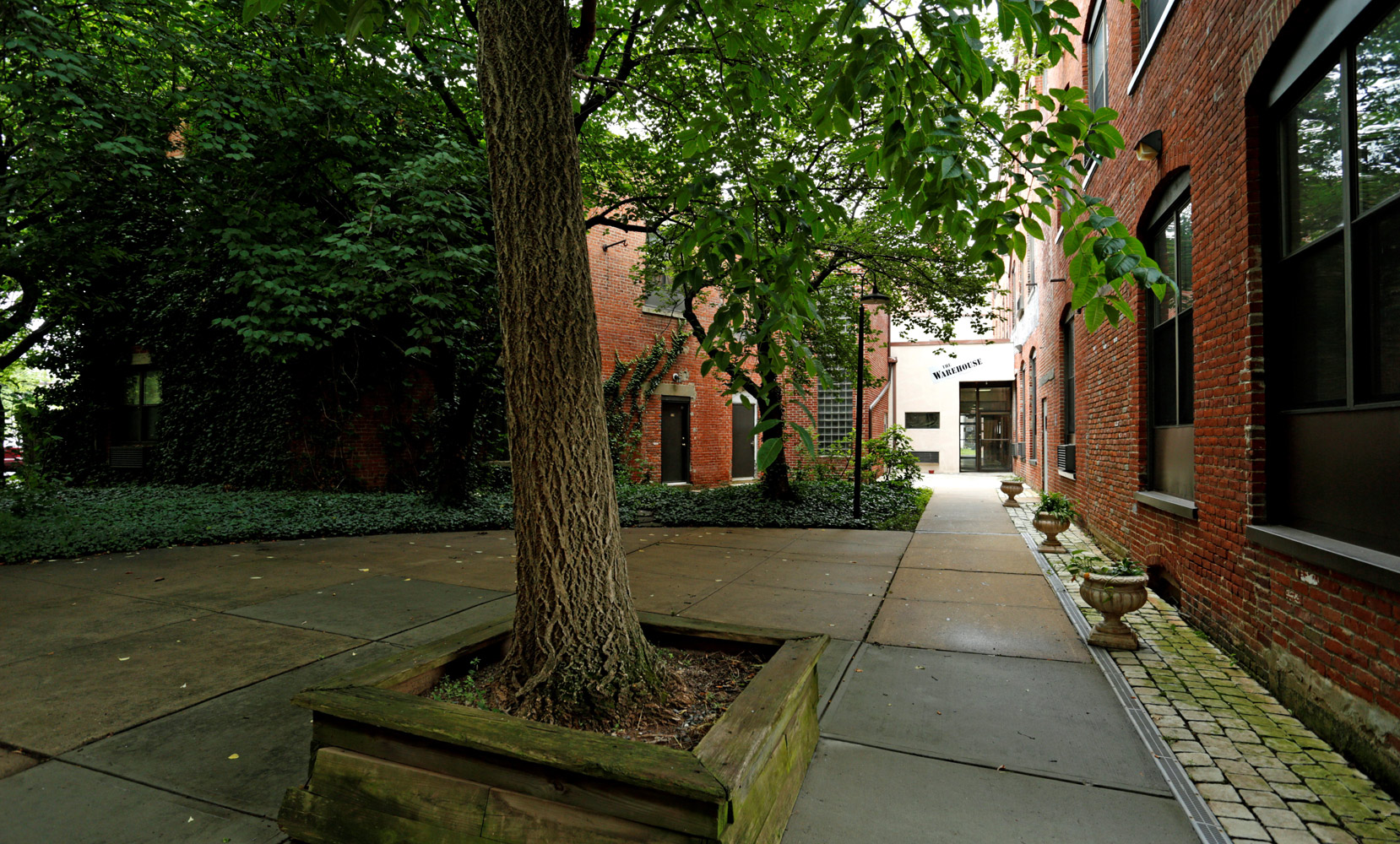 Shaded Areas at The Warehouse Apartments in Somerville, New Jersey
