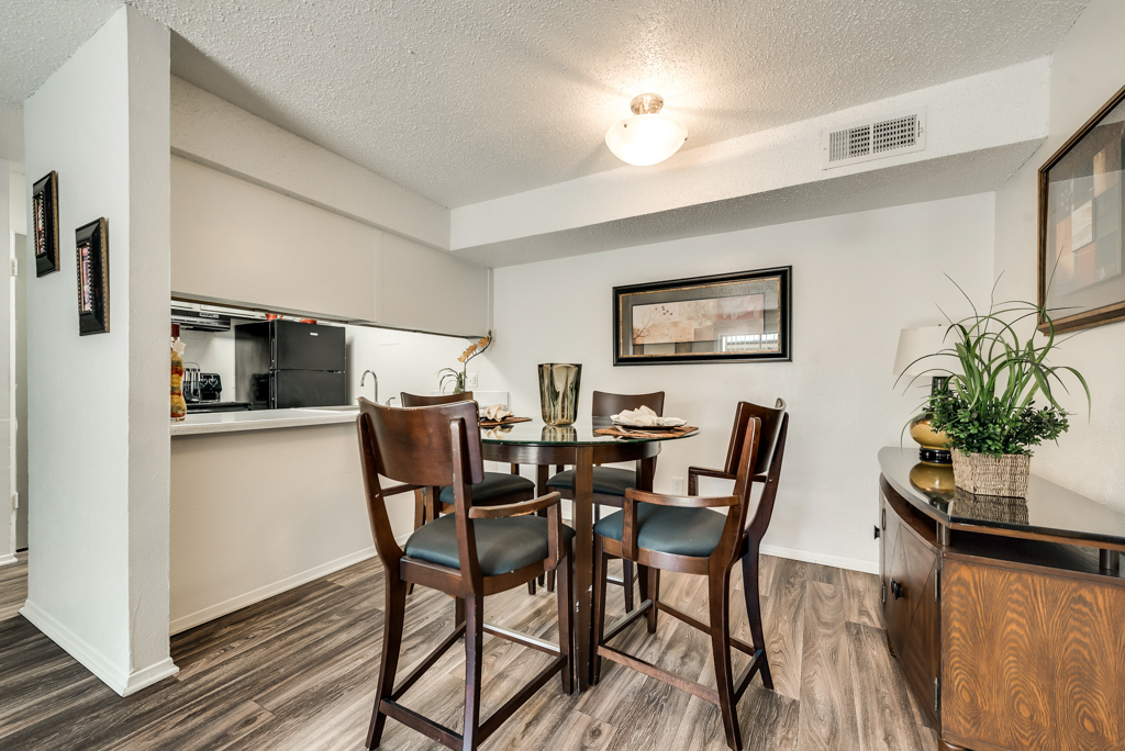 Entertain Guests at The Watermark Apartments in Mesquite, TX