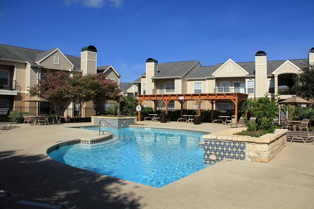 Outdoor Swimming Pool at Westmount at Three Fountains Apartments in San Antonio, Texas