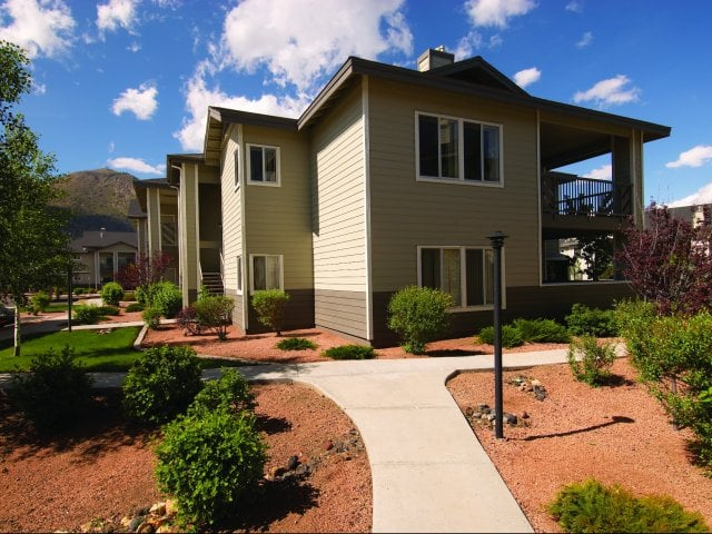 Pet-Friendly Community at Timberline Place Apartments in Flagstaff, Arizona