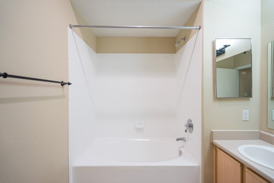 Spacious Bathroom at Timberline Place Apartments in Flagstaff, Arizona