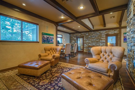 Relaxing TV Lounge at Timberline Place Apartments in Flagstaff, Arizona