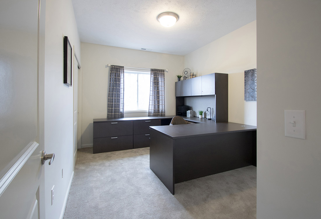 Home Office Space at Titan Springs Apartments in Papillion, Nebraska