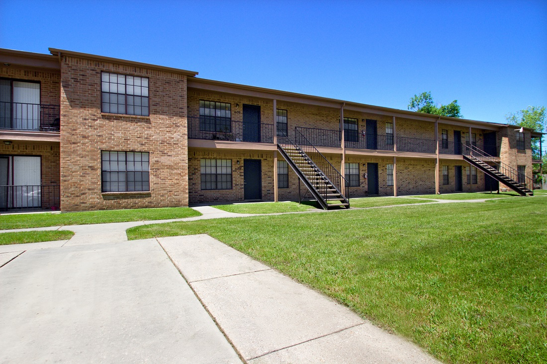 Apartments for Lease at The Trace at North Major Apartments in Beaumont, Texas