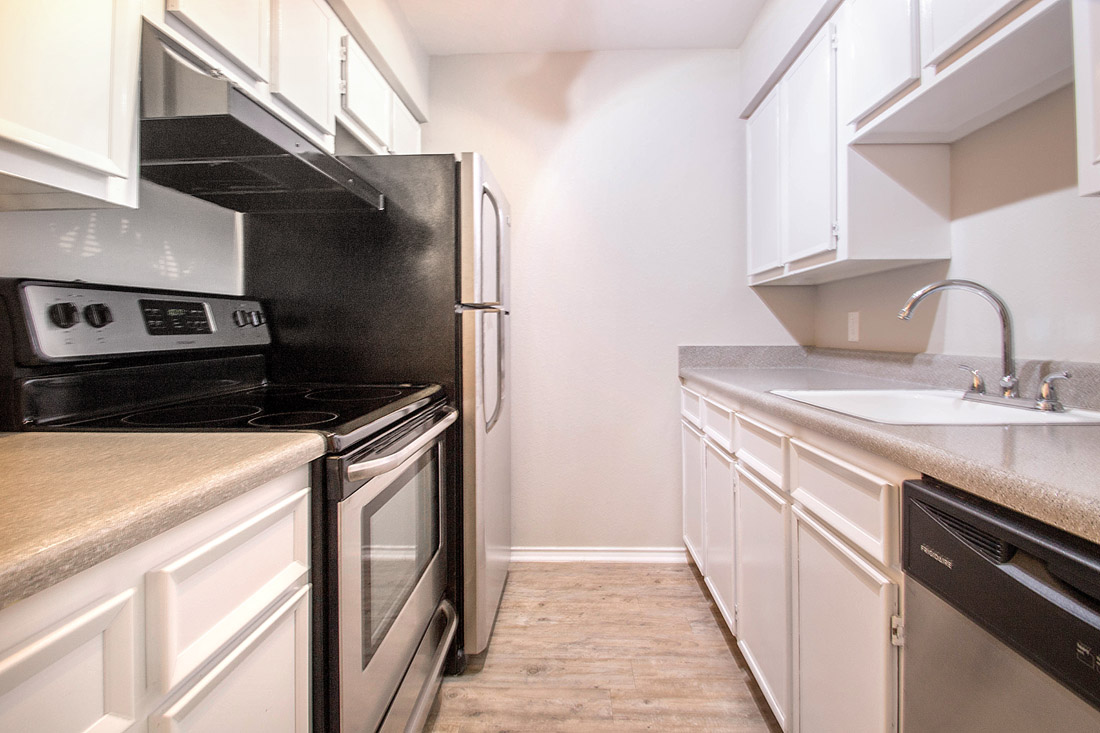 Spacious Kitchens at The Trace at North Major Apartments in Beaumont, Texas