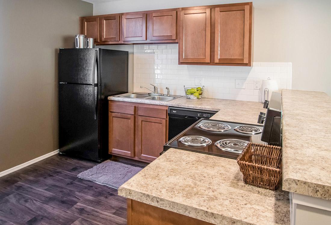 Laminate Kitchen Countertops At Trenridge Gardens Apartments In Lincoln, NE