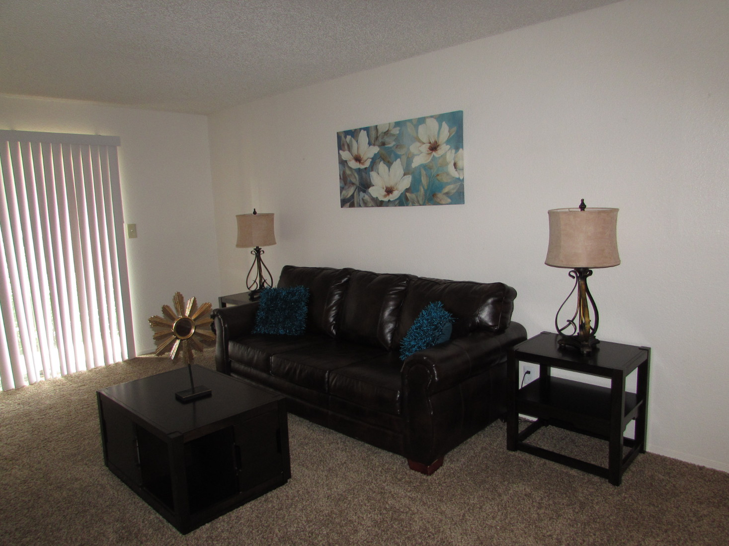 Living Room at Union Point Apartments in Tulsa, OK