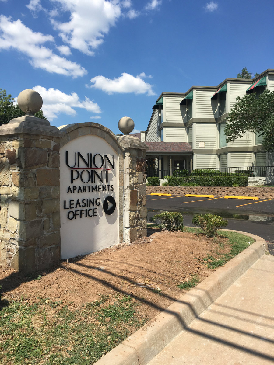 Entrance Sign at Union Point Apartments in Tulsa, OK