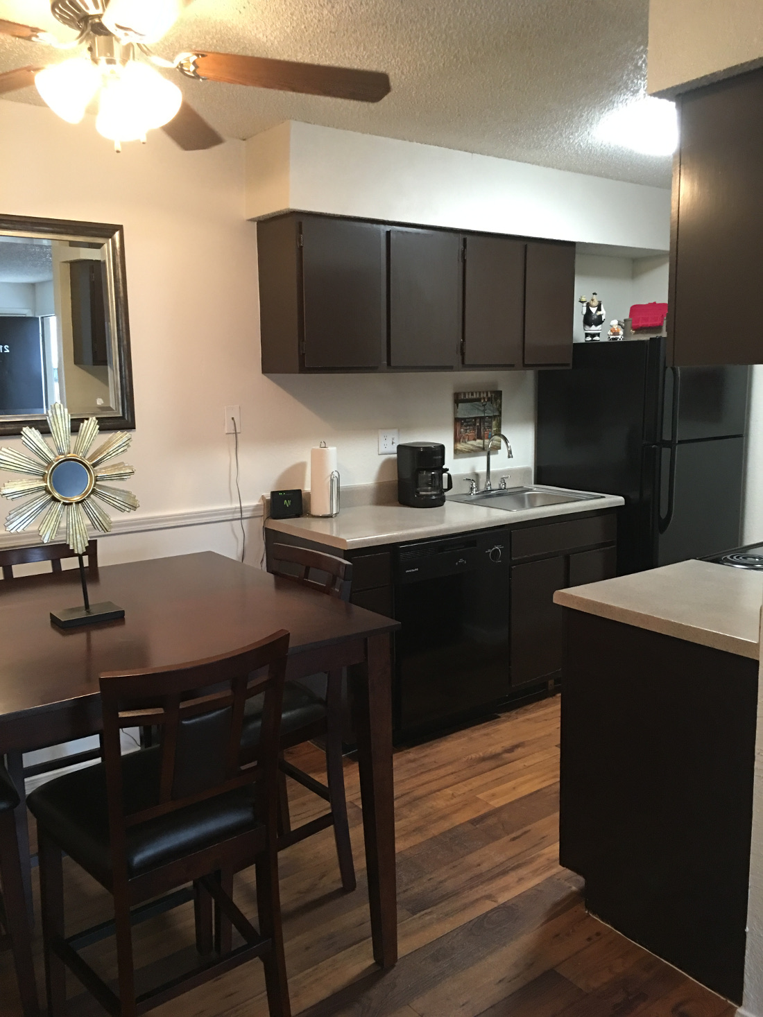 Kitchen and Dining Area at Union Point Apartments in Tulsa, OK