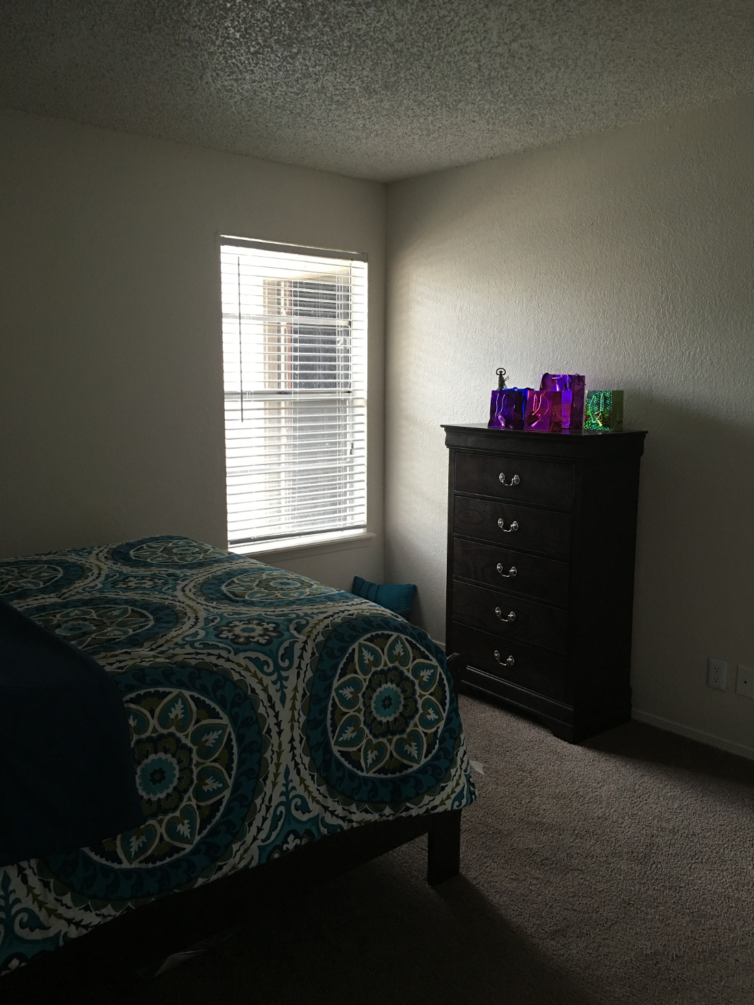 Bedroom at Union Point Apartments in Tulsa, OK