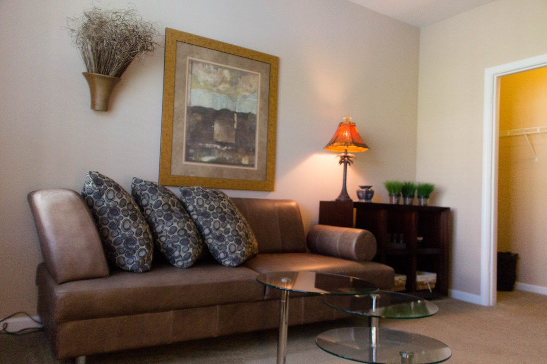 Spacious Living Room at Village at Southern Oaks Apartments in Pensacola, FL